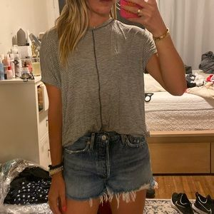 URBAN OUTFITTERS Grey Short Sleeve Tee